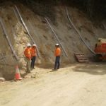 Preparation of the shotcrete wall after soil nails installed